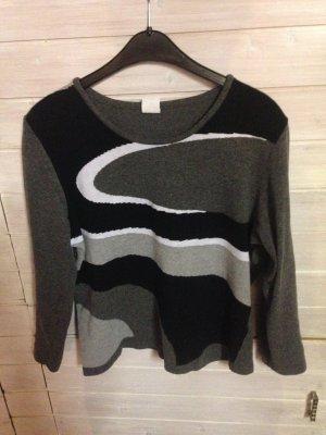 Pullover mit wunderschönem Muster