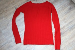 Sweater raspberry-red
