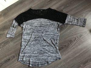 Pullover Shirt Oberteil grau meliert spitze Schulter schwarz