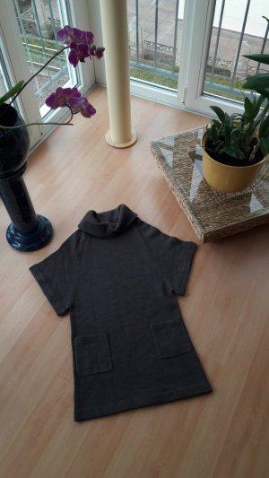 Pullover/Strickkleid mit Taschen