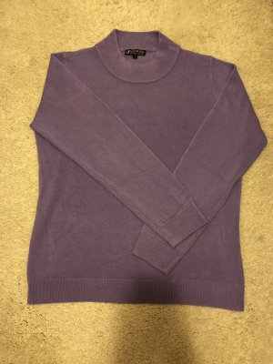 Authentic Turtleneck Sweater grey lilac