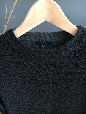Pullover von Cos, hochwertige Wollmischung, kurzer Schnitt