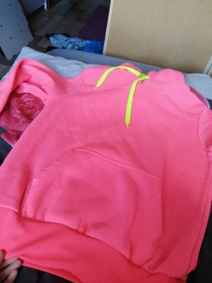 Hooded Sweater neon pink