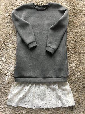 Pulloverkleid im Sweatshirtstil mit Spitze