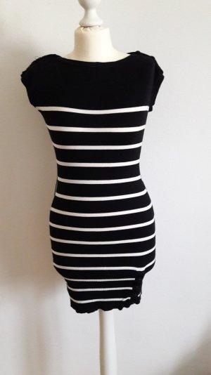 Pulloverkleid schwarz/weiß