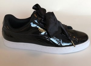 Puma Basket Heart Schwarz Lack Gr. 42.5 / UK 8.5