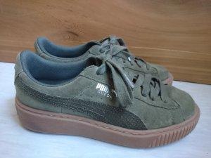 Puma Basket Platform Sneaker, Größe 38