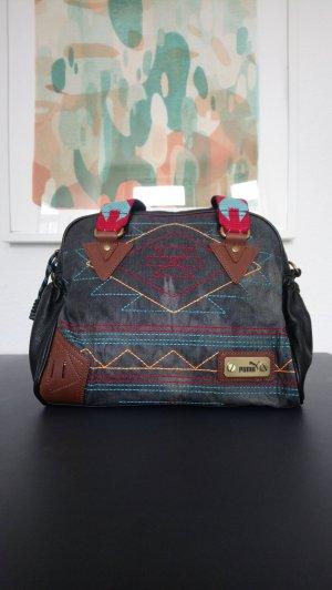 PUMA Ethnische Tasche SUPER!