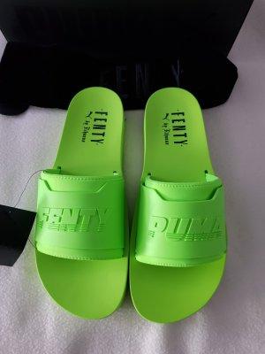 Puma Fenty by Rihanna surf slides green gecko Gr.42