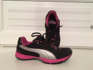 Puma Shoes multicolored