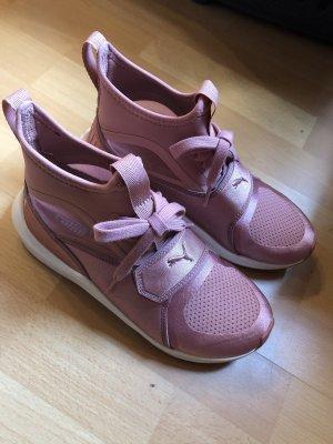 Puma Phenom Pink