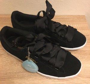 Puma Ribbon Sneaker