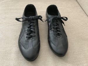Puma Lace-Up Sneaker black leather