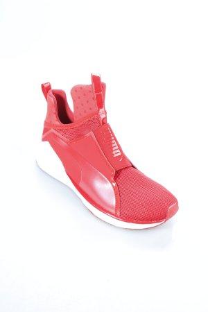 Puma Schlüpfsneaker rot-weiß sportlicher Stil