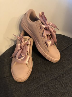 Puma Schuh mit breitem Satinband (Größe 39)