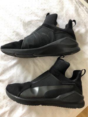 Puma Slip-on Sneakers black