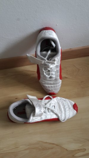 Puma Schuhe in Größe 39 in weiß und rot zum Binden mit Klettverschluss