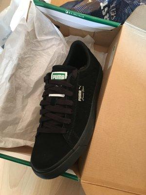 Puma Schuhe in schwarz