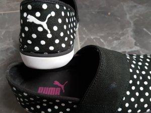 Puma Schuhe mit Punkten, Gr. 36