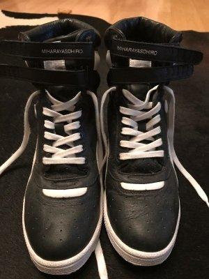 Puma Sneaker high schwarz/weiss