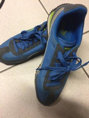 Puma Sneaker in blau