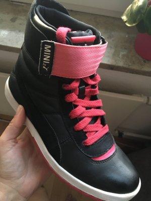 Puma Sneaker Mini Größe 36, schwarz-pink