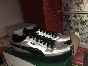 Puma Lace-Up Sneaker black-silver-colored