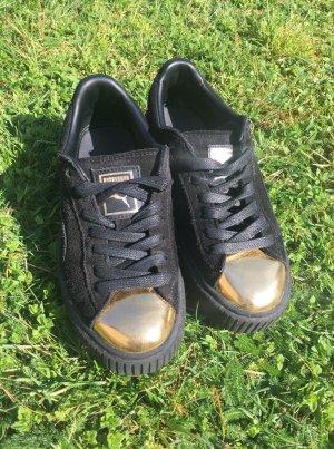 PUMA Sneaker 'Suede Platform'; Schuhgröße 37,5; Schwarz/Gold; kaum getragen