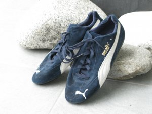 Fenty Puma Lace-Up Sneaker dark blue suede