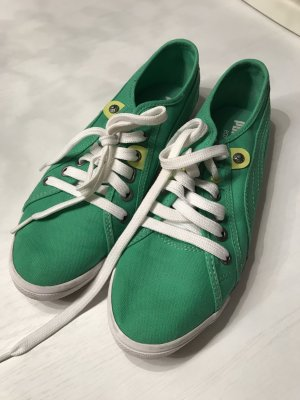 Puma Sneakers in grün, Größe 38 Preis VB