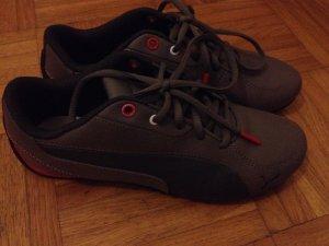 Puma Sneakers nur einmal getragen