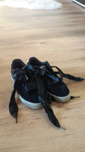 Puma Sneakers Schwarz mit Schleife