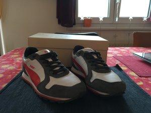 Puma Sneakers - wie neu