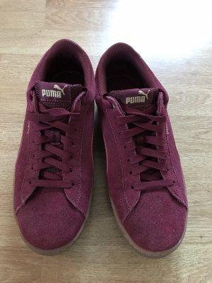 Puma Lace-Up Sneaker purple