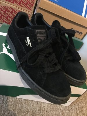 Puma Suede all black 38,5