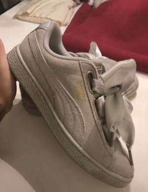 Puma Suede Heart Satin Wildleder