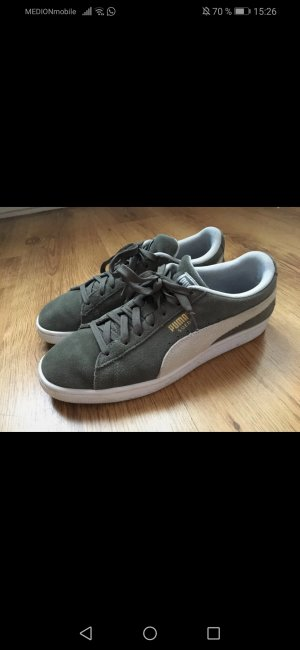 Puma Lace-Up Sneaker white-grey suede