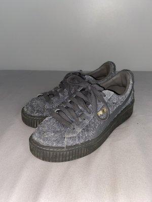 Puma Sneaker stringata grigio-grigio scuro