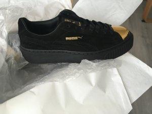 Puma Suede Platform Sneaker Schwarz Gold Creepers