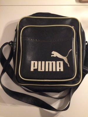 Puma Tasche mit kleinen Schönheitsfehlern