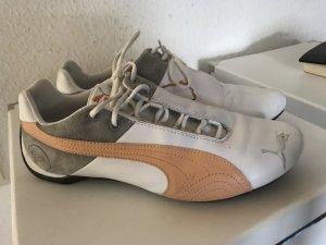Puma Turnschuhe Sneakers Gr 40 weiss apricot grau gebraucht
