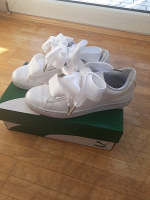 Puma White Basket Heart Patent Gr. 38