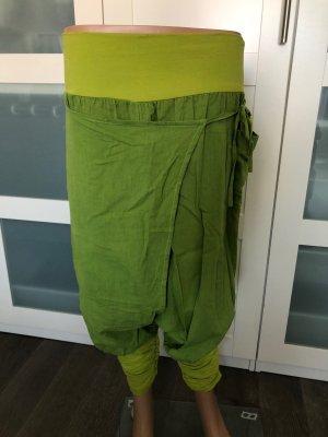 Pantalón estilo Harem verde pradera