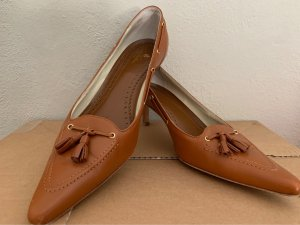 Brooks Brothers Pointed Toe Pumps cognac-coloured leather