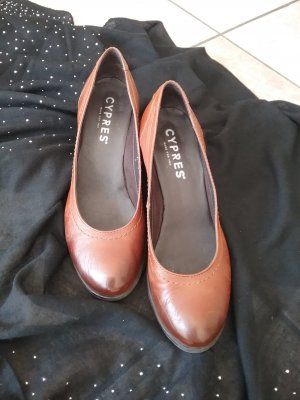 Cypres Peep Toe Pumps cognac-coloured-brown