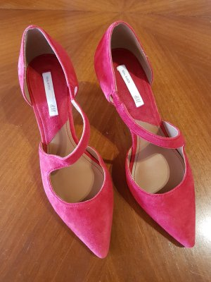 H&M Pointed Toe Pumps red