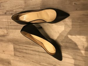 Bata Stiletto noir cuir