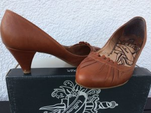 Pumps bullboxer cognac