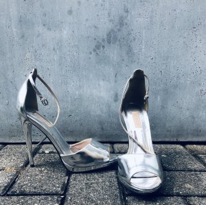 Pumps / High Heels in Silber