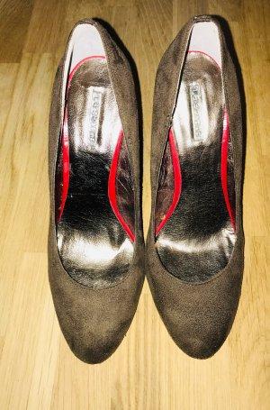 Pumps, High Heels von La Strada - rote Sohle